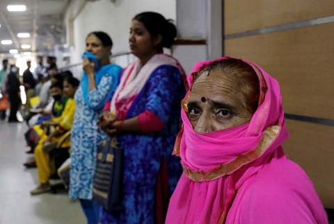 La contaminación en la capital india se disparo a la categoría de emergencia