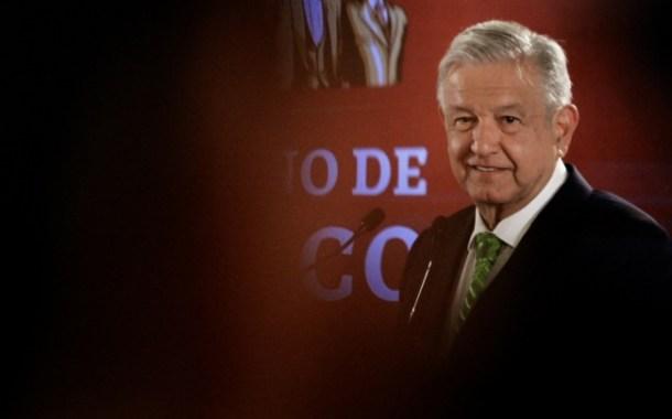 Anuncia López Obrador memorándum para dejar sin efecto reforma educativa