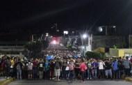 Avanza caravana de más de dos mil migrantes rumbo a Huixtla