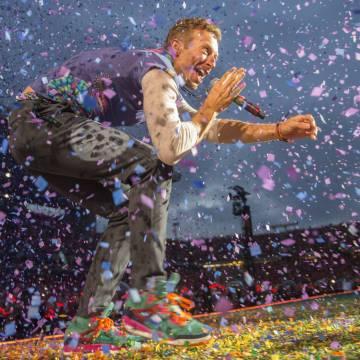 Coldplay no hará 'tour' para promocionar su álbum por el impacto medioambiental