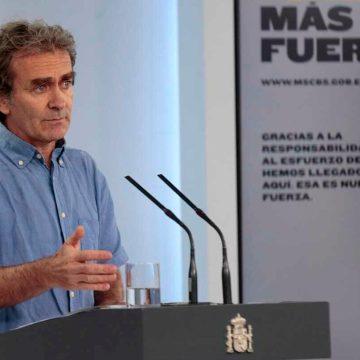 España actualiza las cifras de fallecidos por covid-19 por primera vez en 12 días