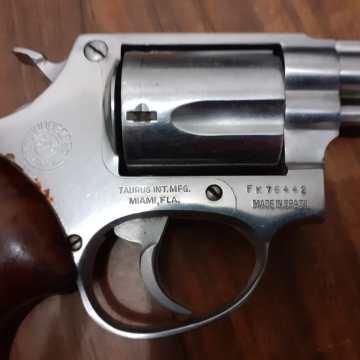 En Mapastepec policías aseguran a sujeto que portaba arma de fuego