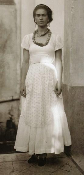 Frida Kahlo, 1929. (Portraits of Young Frida Kahlo by Her Father Guillermo Kahlo via www.Vintag.es)