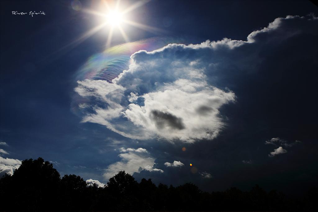 27. 구름 속 간섭무늬.jpg