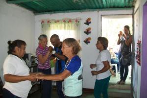Los abuelos disfrutaron de un baile de joropo