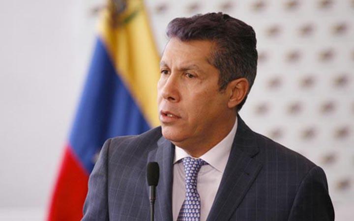 Falcón de resultar electo mantendrá las relaciones con países como EEUU, Colombia y España.