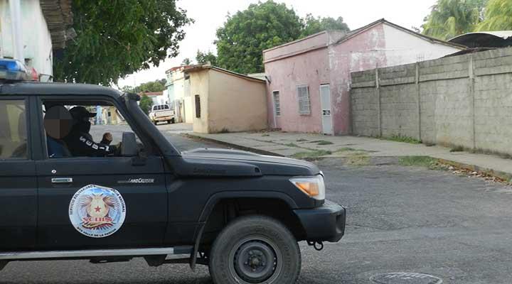 Efectivos allanaron una vivienda en la calle Deleite del municipio Infante.