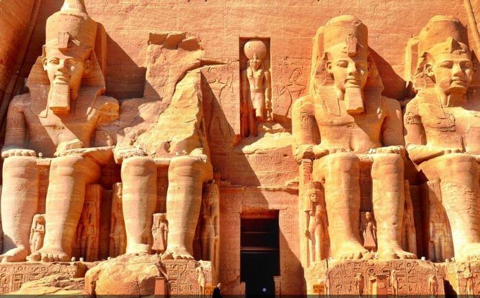 Abu Simbel digno de admirar