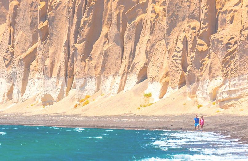Acantilados y playas de Santori