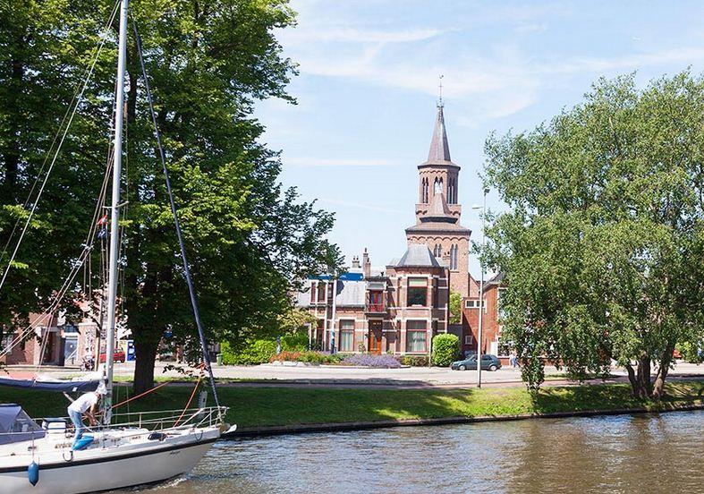 Leeuwarden ciudad holandesa.