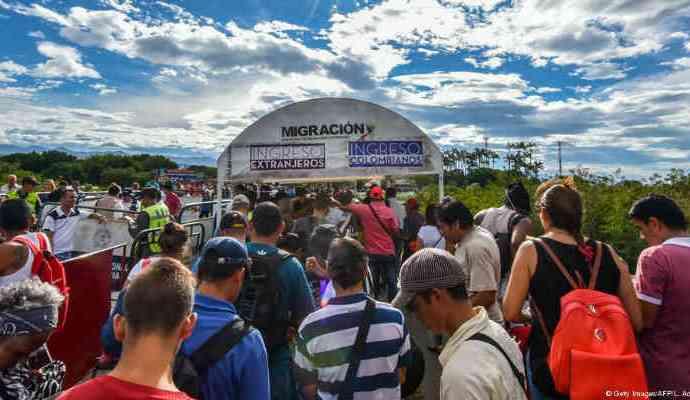 En Argentina a un aproximado de 130.000 venezolanos se les fue otorgado la residencia