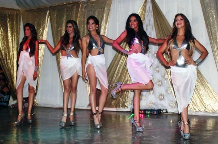 Cinco hermosas reinas invitan para lasfestividades que comienzan este 13 de noviembre.jpg