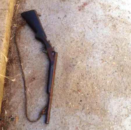 """arma de fuego tipo escopeta, marca Sarasketa, serial 54780, calibre 12mm la cual al parecer portaba """"El Rey""""."""