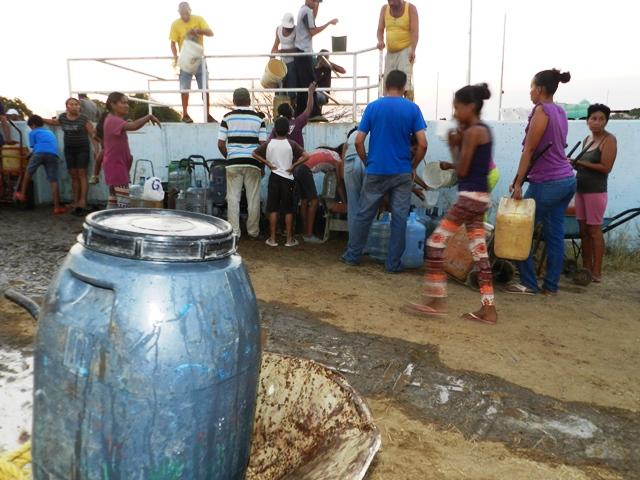 La falta del vital líquido ha sido la problemática que afecta más a los vallepascuense. Foto Archivo