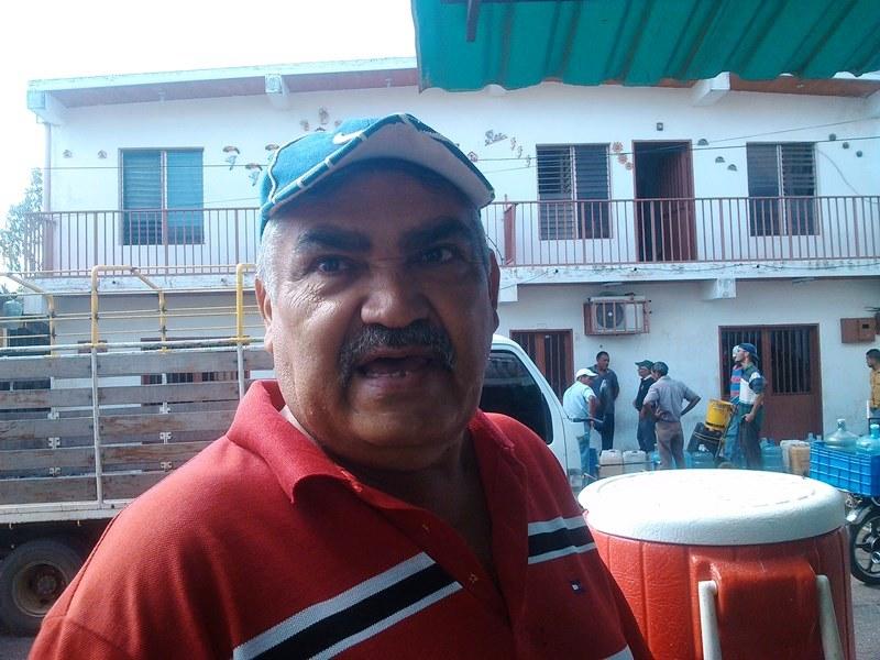 José Luis Martínez, ex-trabajador en Inos, si esta gente tienen corazón en el pecho que se pongan serios y si no pueden con la responsabilidad que renuncien.