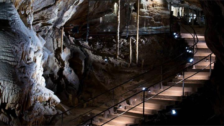 Las estalagmitas que llevan formandose más de 12000 años
