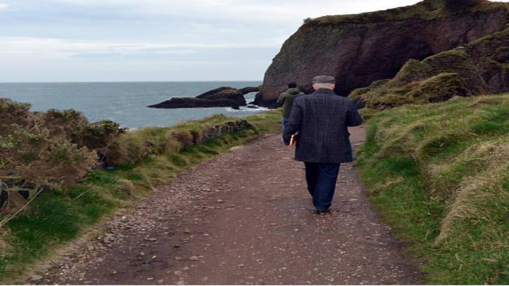 """Ruta Costera de la Calzada, para disfrutar de un paseo a orillas de la costa""""Juego de Tronos"""