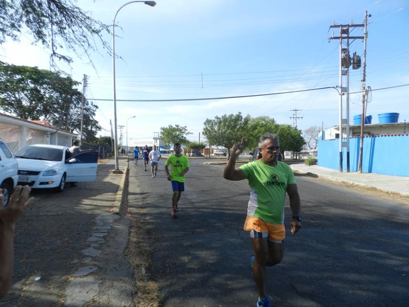 Luis Lopez se apunto su enesima conquista ahora en la Caminata 5K del Club de Leones.jpg