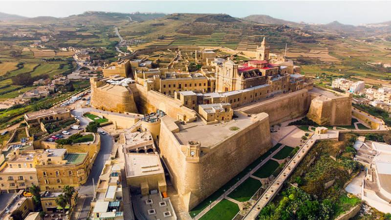 La hermosa ciudadela medieval Coqueta Victoria en Gozo