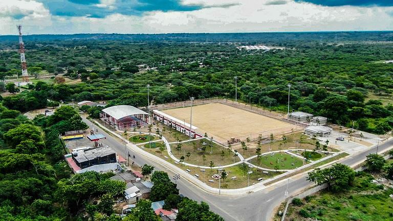 Gobernador Verano pone al servicio de la comunidad un gran complejo deportivo en Manatí