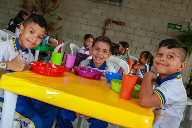 120.000 estudiantes se beneficiarán este 2020 con el Programa de Alimentación Escolar en Barranquilla