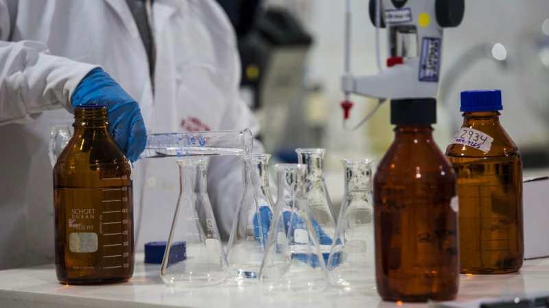 Gobernación destinará $7.617 millones al fortalecimiento de tres laboratorios de salud
