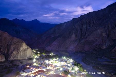 Iruya de noche. (Foto: Carlos Torrente).