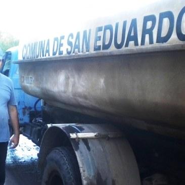 Sergio Rivarola, chofer del camión regador de la comuna.