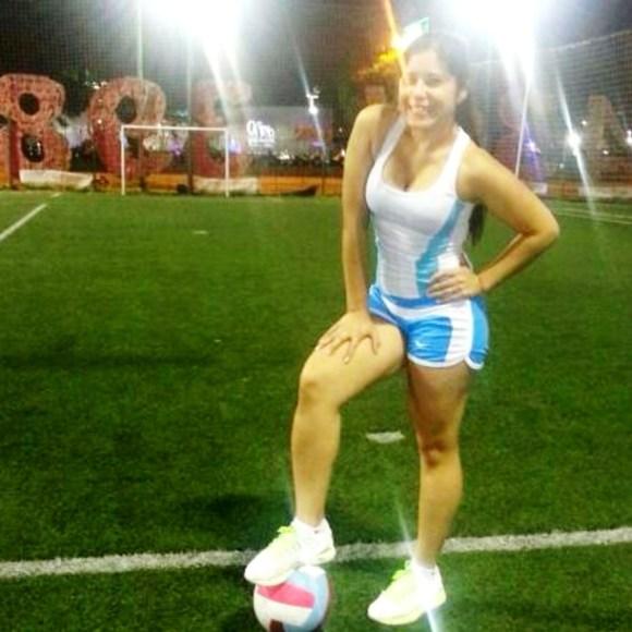 """Olga es hincha de la selección, y además juega al fútbol. Desde aquí, """"Vamos Argentina!!!!!"""""""