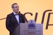 Abinader inicia programa social Supérate que duplica aportes económicos