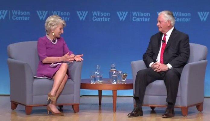 Rex Tillerson durante il suo intervento al Wilson Center sulle relazioni Usa Europa