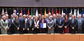 Ue lancia la cooperazione militare per la difesa