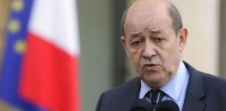 Jean-Yves Le Drian accusa la Russia