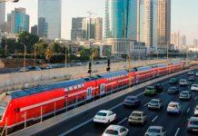 Il treno rapido di Israele che collega Gerusalemme a Tel Aviv