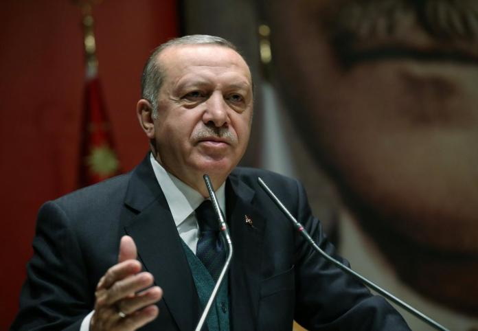 Turchia verso attacco ai curdi in Siria