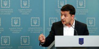Ucraina apre la porta alle elezioni nell'est controllato dai separatisti