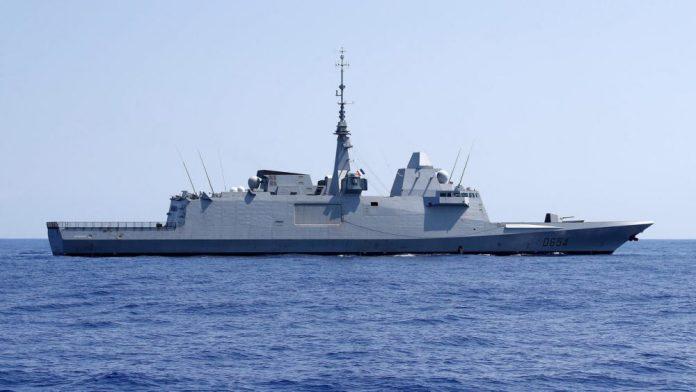La Francia si ritira temporaneamente dalla missione Nato nel Mediterraneo