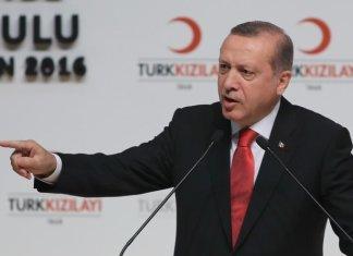 Erdogan sostiene l'Azerbaigian e allontana la Turchia dalla Russia
