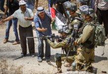 scontri tra israeliani e palestinesi in Cisgiordania
