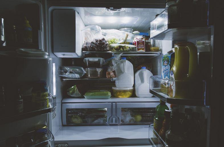 Nuovo materiale solido potrebbe sostituire gas inquinanti di frigoriferi e condizionatori