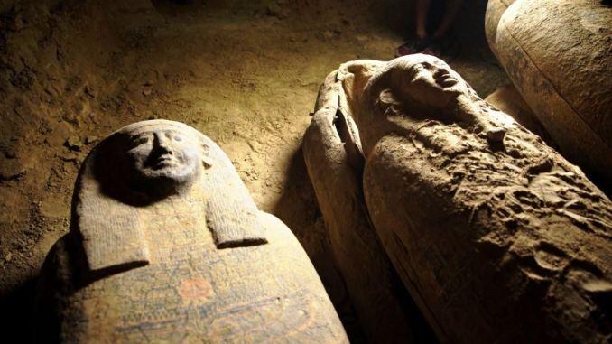 Scoperte 13 bare intatte e sigillate dell'Antico Egitto vecchie più di 2500 anni
