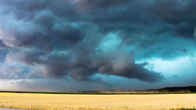 Cinesi sviluppano potente sistema di modifica meteorologica su un'area di 5,5 milioni di chilometri quadrati