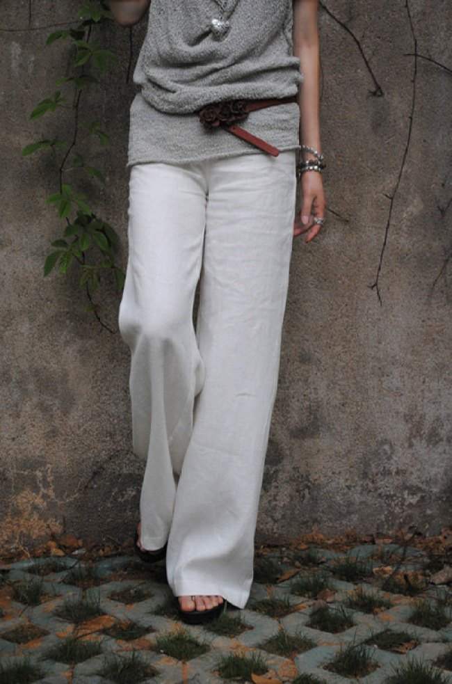 white-linen-trousers