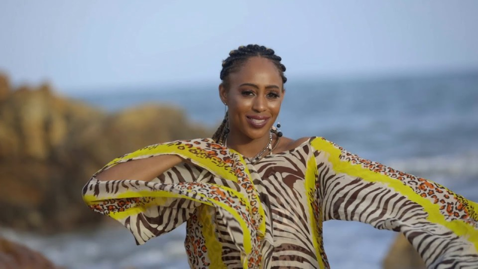 VIDEO: Coco Benson - Can't Wait