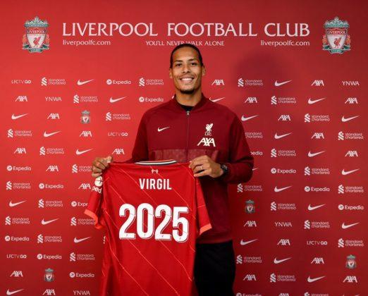 Van Dijk Liverpool's contract