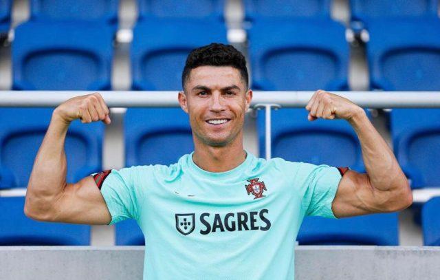 PSG Sign Ronaldo Mbappe