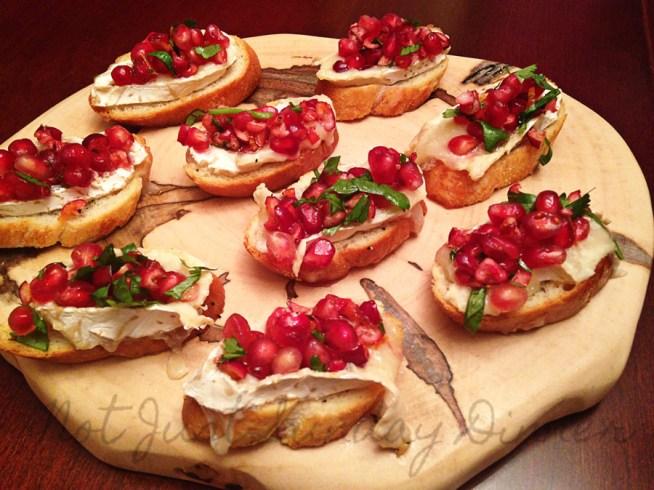 pomegranate,-cranberry,-and-brie-bruschetta