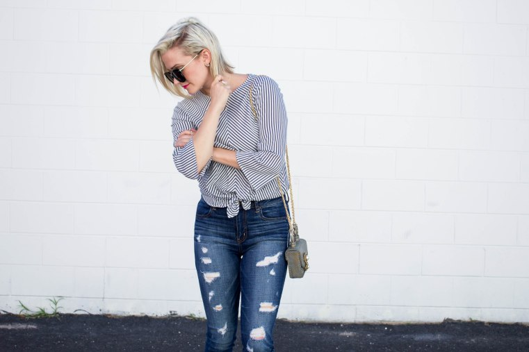 Grey_Top_Ripped_Denim_Jeans