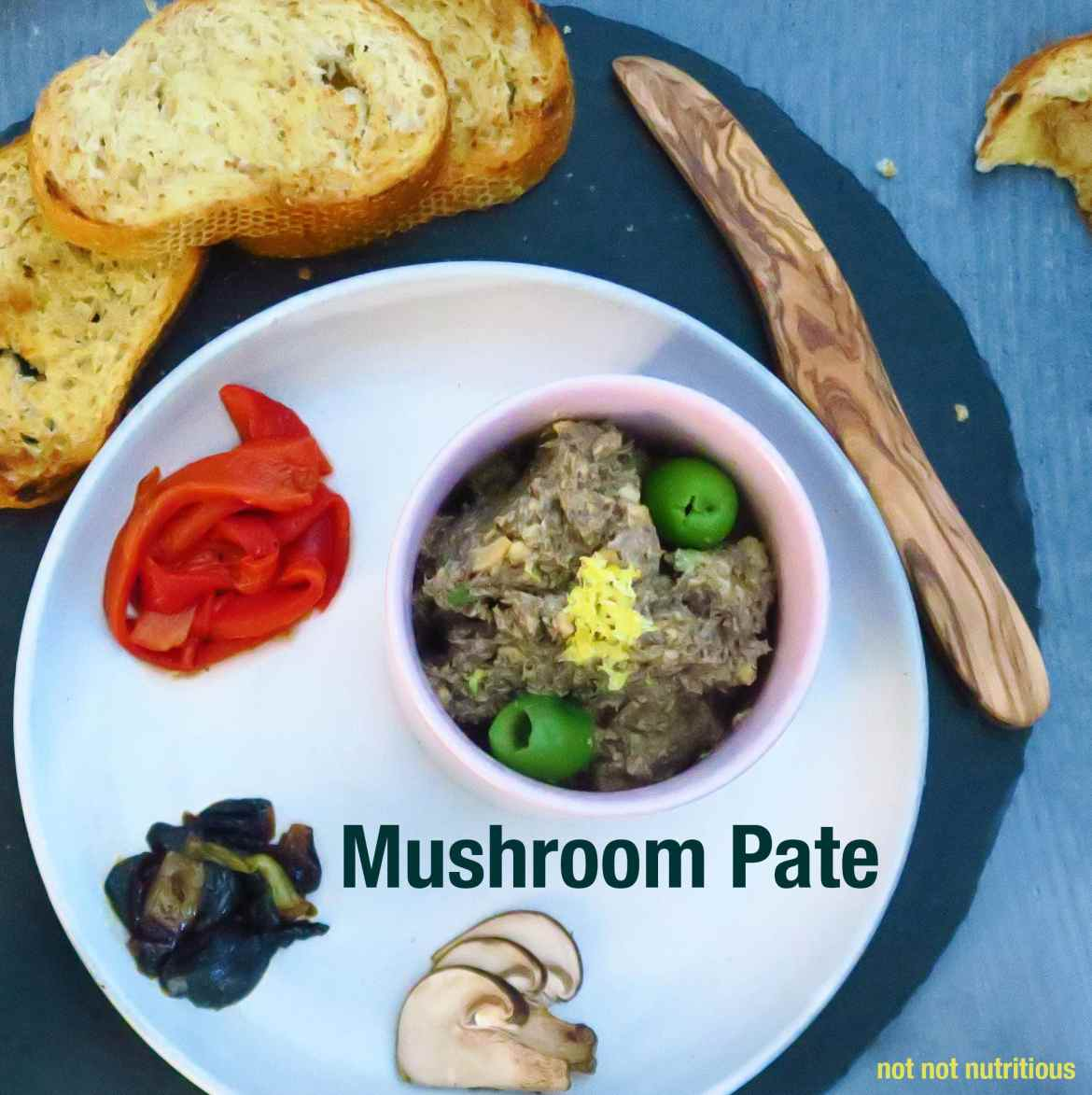 Easy Mushoom Pate, vegan and vegetarian options.