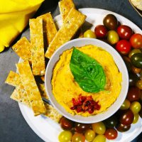 3 ingredient sun-dried tomato hummus